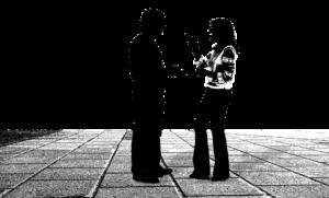 男の人と女の人が言い合っているイラスト